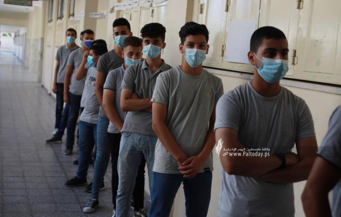 تطعيم طلاب مدارس قطاع غزة الثانوية العامة (4).jpeg