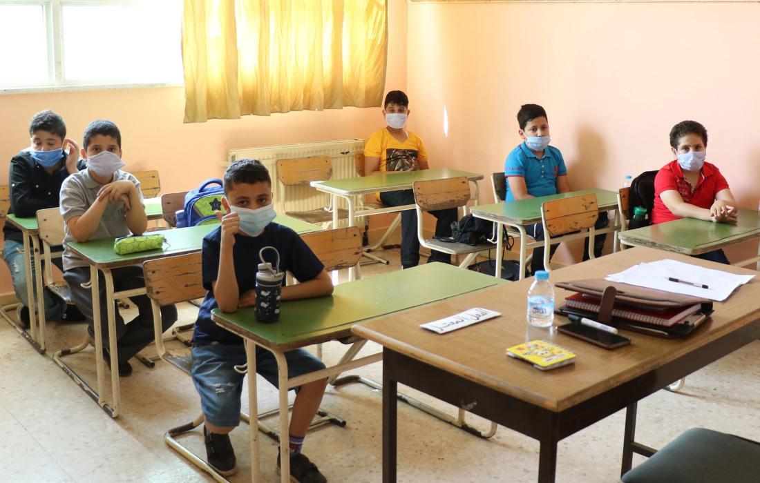 طلبة في المدارس في الاردن