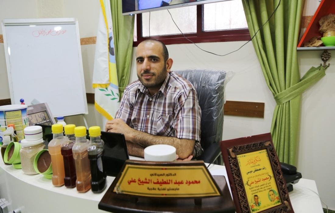 الدكتور محمود عبد اللطيف الشيخ علي مدير عام مراكز ابن النفيس