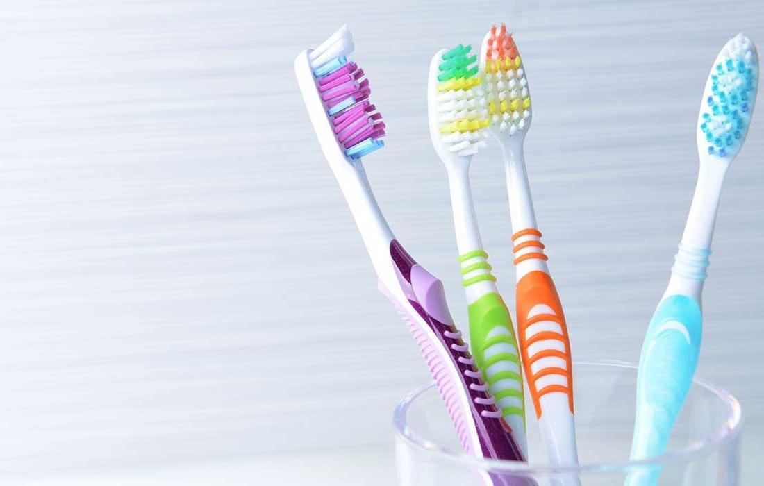 فرشاة اسنان