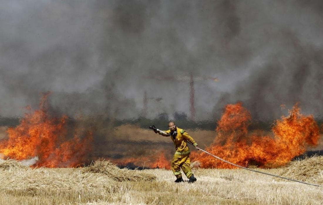 """حريق في """"غلاف غزة"""" (ارشيف)"""