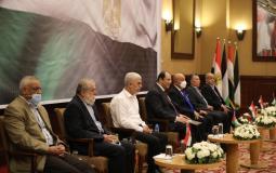 الفصائل الفلسطينية يلتقي مع وفد المخابرات المصرية