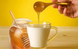 فوائد العسل مع الحليب