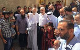 صورة خلال زيارة السنوار أهالي قطاع غزة