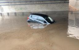 غرق منازل وسيارات في اسرائيل