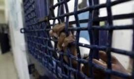 مركز فلسطي: ارتفاع قائمة عمداء الأسرى في سجون الاحتلال إلى 84 اسيراً