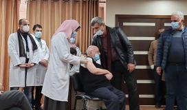 تطعيم لقاح كورونا في غزة.jpg