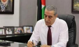 الاحتلال ترفض السماح لحسين الشيخ بزيارة الأسير البرغوثي