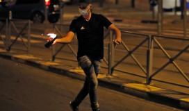 """مواجهات عنيفة تجري بين شبان وقوات الاحتلال خلال فعاليات """"الإرباك الليلي"""" في نابلس"""