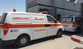 الاسعاف ينقل جرحى العدوان على غزة الى مصر.jpg