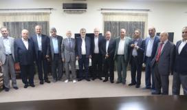 القائد النخالة يتوسط قادة الفصائل الفلسطينية.jpg
