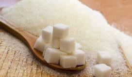 ما هي أضرار وفوائد سكر الفركتوز؟
