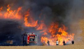 """اندلاع حريق في أحراش """"غلاف غزة"""""""